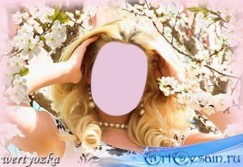 Женский шаблон - Блондинка в цветущем саду