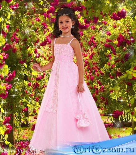 Детский шаблон для фотошопа - Девочка в прекрасных розах