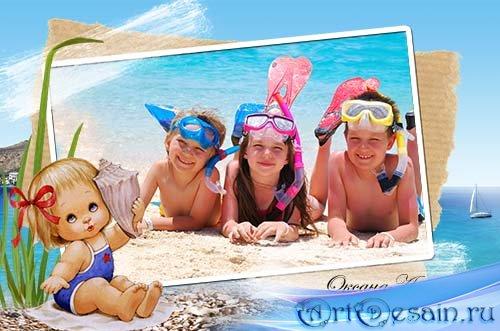 Детская рамка для фотошоп – Девочка с морской раковиной