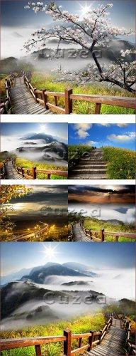Пейзаж гор и цветущей сакуры / Amazing sunrise and mountain - Stock photo