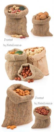 Мешочки с орехами / Sacks with nuts