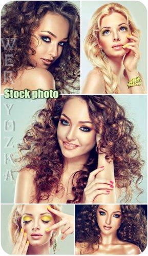 Стильные и гламурные девушки / Stylish and glamorous girls - Raster clipart
