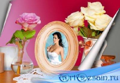 Красивая рамка для фото - Нежная рамочка с цветами на столе